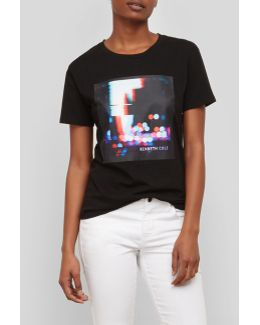 Glitch Graphic Logo T-shirt
