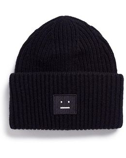 'pansy' Emoticon Patch Wool Beanie