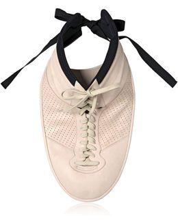 Plastron Sneaker Necklace