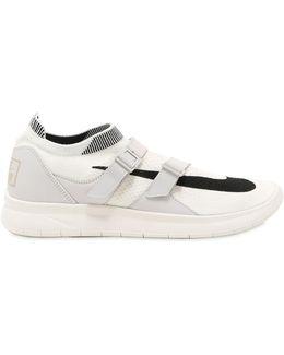 Air Sockracer Flyknit Sneakers