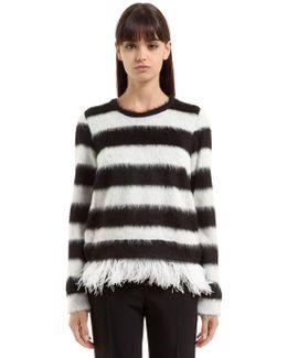 Sweatshirt W/ Feathers