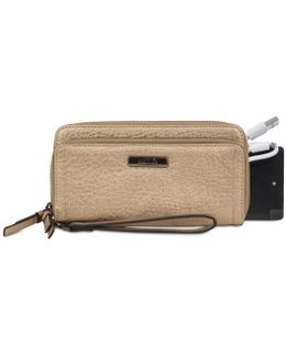Wristlet With Battery Charger