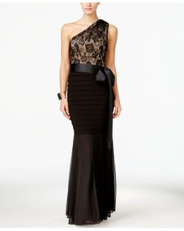 Lace One-shoulder Mermaid Gown