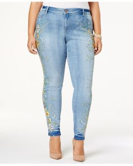 Trendy Plus Size Kiss Me Embroidered Skinny Jeans, Light Blue Wash