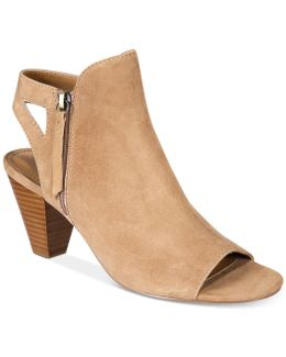 Phyre Shoes