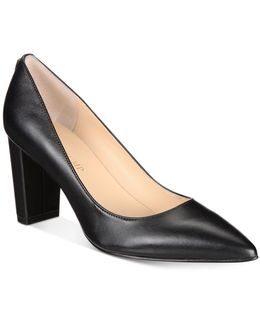 Lysa Pointed-toe Pumps