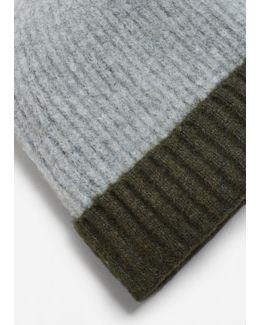 Contrast Textured Hat