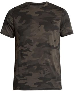 Camouflage-print Performance T-shirt