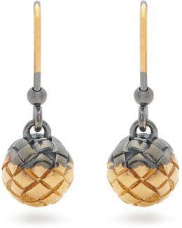 Intrecciato-engraved Earrings