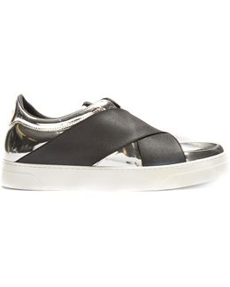 Crossover-strap Leather Low-top Trainers