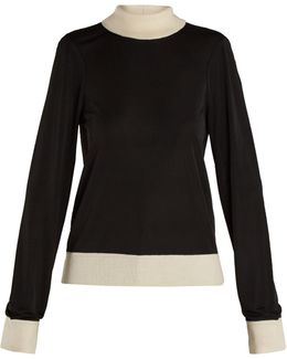 Contrast-edge Roll-neck Sweater