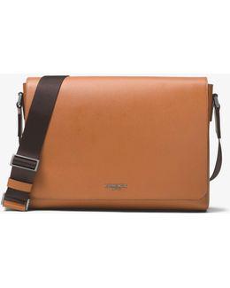 Harrison Medium Cross-grain Leather Messenger