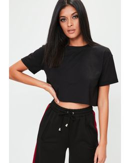 Black Roll Sleeve Crop Top