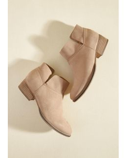 Snare Suede Bootie In Sandy Pink