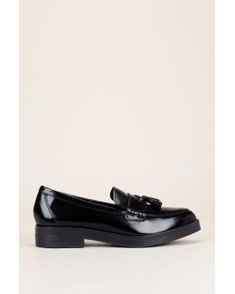 Derby And Oxford Shoe