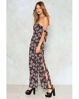 Going Daisy For You Floral Jumpsuit Going Daisy For You Floral Jumpsuit