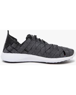 Juvenate Woven Premium In Black/cool Grey-white