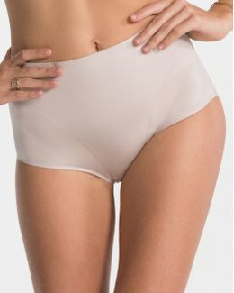 Retro Shape Nude Knickers