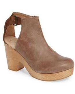 'amber Orchard' Cutout Bootie