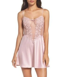 Showstopper Chemise