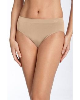 B Smooth High Cut Briefs