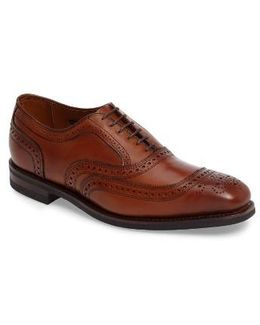 'university' Wingtip