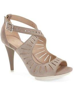 'menlo' Cutout Sandal