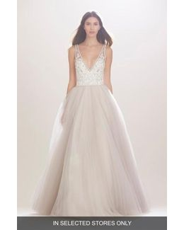 'mercedes' V-neck Lace & Tulle Gown