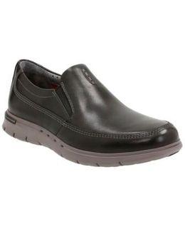 Clarks 'un. Byner' Slip-on Sneaker