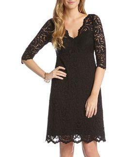 Scalloped Lace V-neck Dress