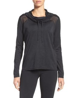 Adventure Hooded Pullover