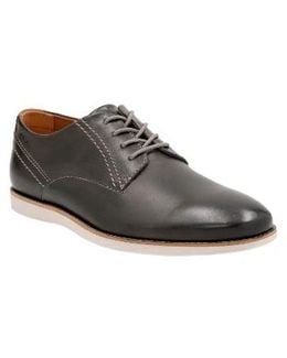 Clarks Franson Plain Toe Derby