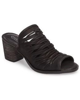 Chris Slivered Sandal