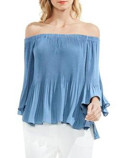 Off The Shoulder Plisse Blouse