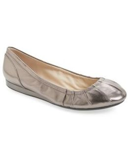Monique Ballet Flat