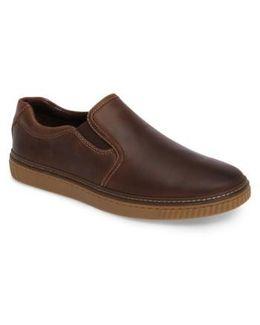 Wallace Slip-on Sneaker