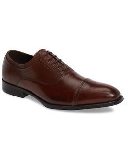 Pull Over Cap Toe Oxford