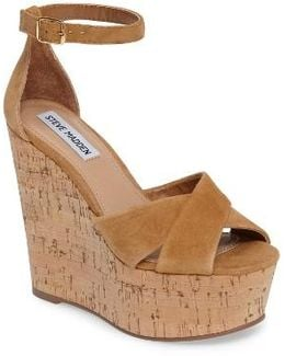 Striking Platform Wedge