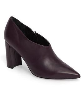 Hoda Pointy Toe Bootie