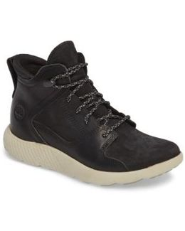 Flyroam Chukka Boot