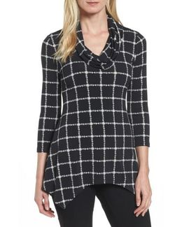 Terrace Plaid Handkerchief Hem Top