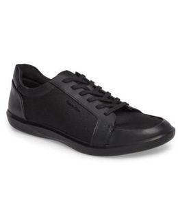 Macabee Sneaker