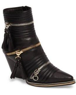Tenzin Chain Pointy Toe Boot
