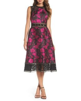 Lace Trim Rose Jacquard Midi Dress