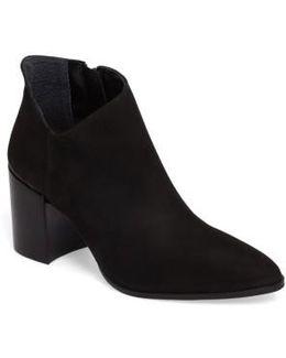 Kathrina Boot