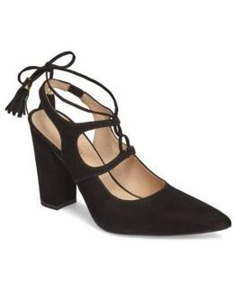 Renada Lace-up Pump