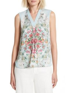 Kisey Floral Honeycomb Print Top