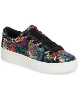 Brody Embroidered Flower Sneaker
