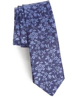 Elegant Botanical Silk Tie