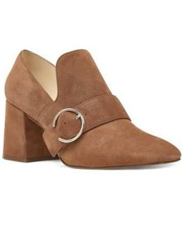 Alberry Buckle Pump
